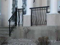 Aluminum Rail with Design and Basket Spindles