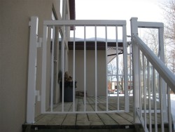 Aluminum Gate, Square-top
