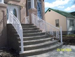 Iron Step Railing (Paradise Design)